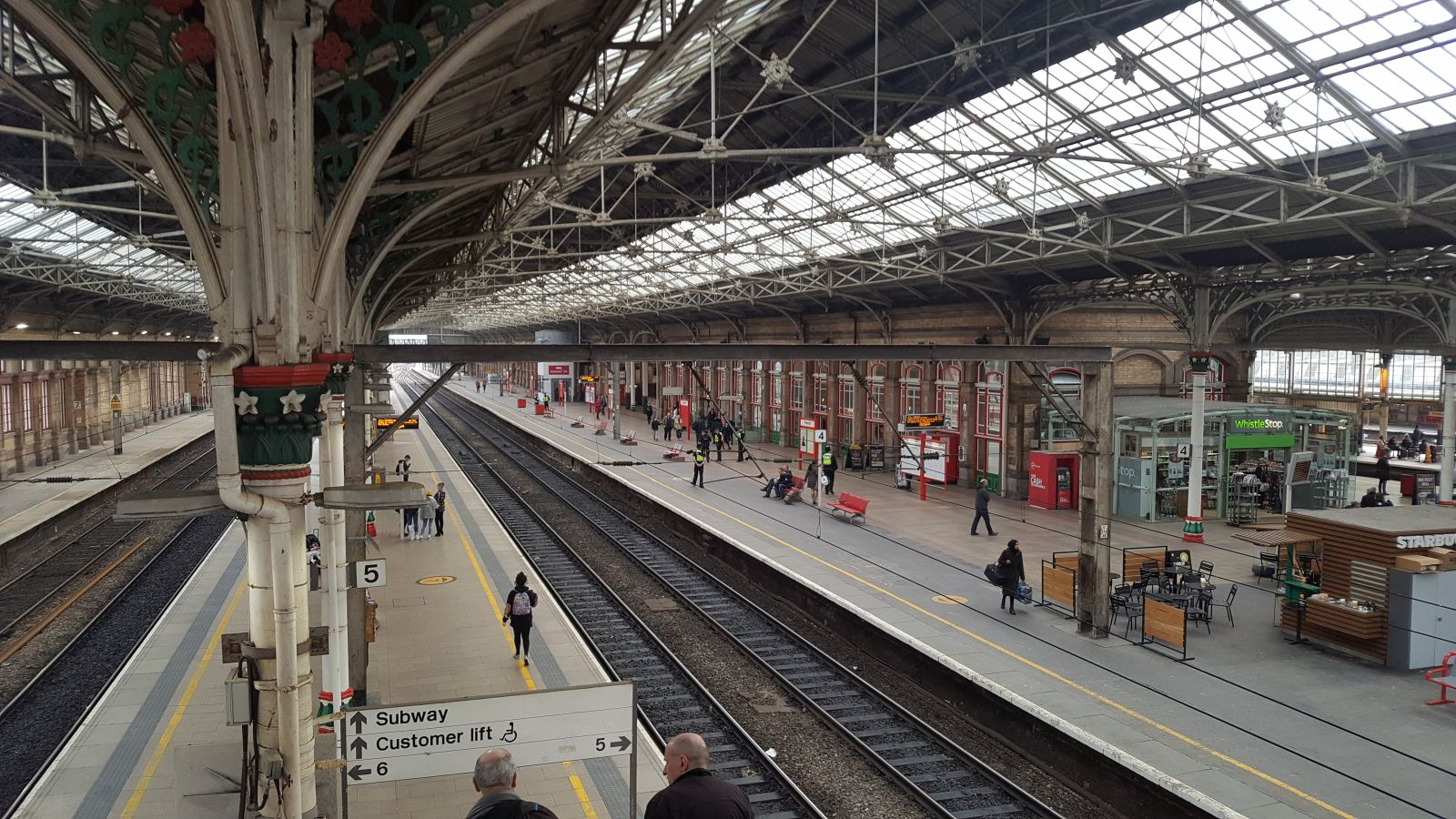 [Image: preston-railway-station.jpg]